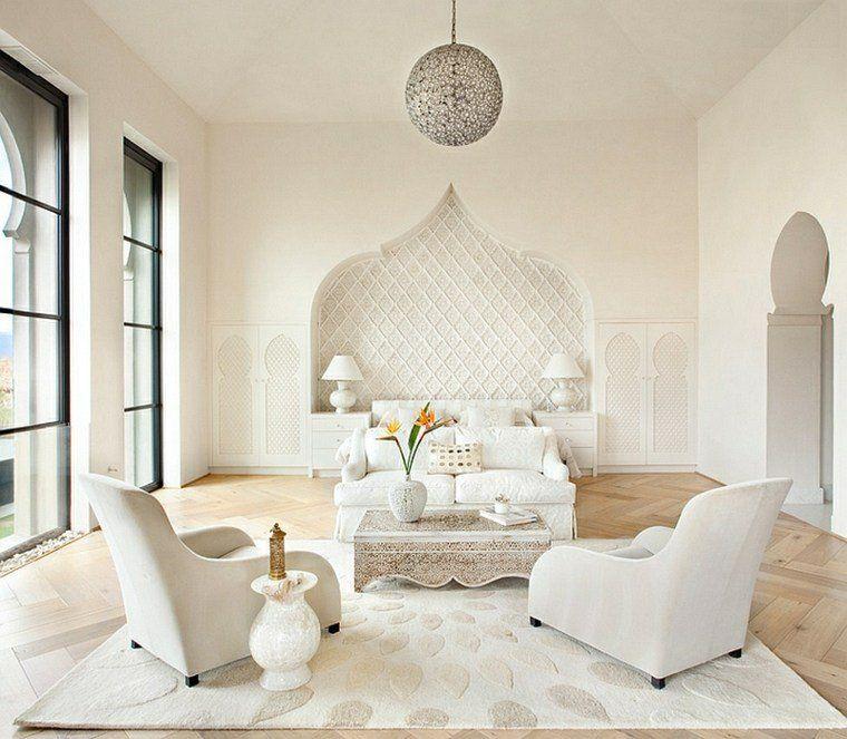 salon interieur blanc fauteuil blanc table basse marocaine. Black Bedroom Furniture Sets. Home Design Ideas