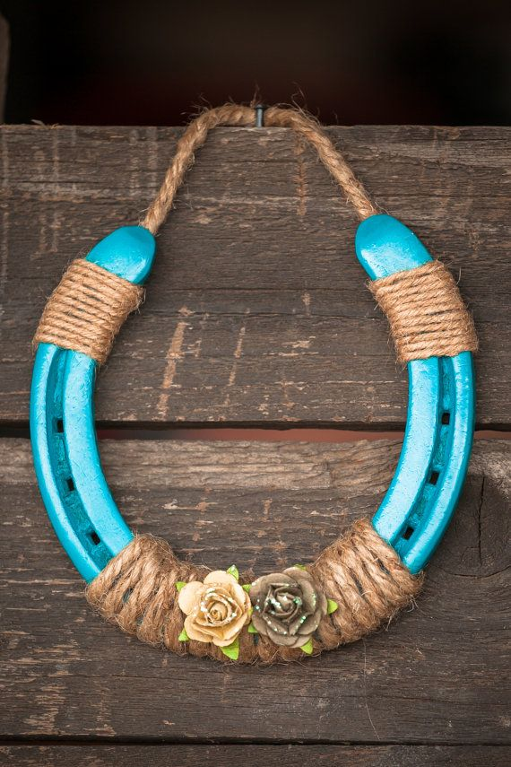 Turquoise horse shoe by jaksvintagethings on etsy linda for How to decorate horseshoes