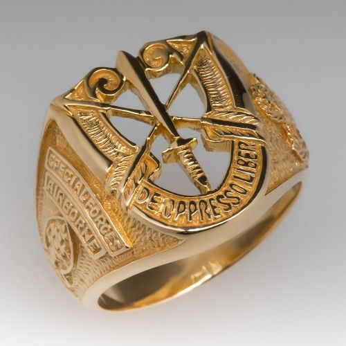b3b98199ab072 Airborne Special Forces Mens Ring 18K Yellow Gold | Jewlery Box in ...