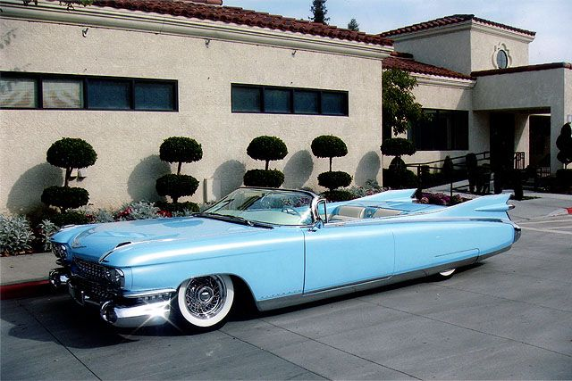 Cadillac el dorado biarritz convertible 4 the car i would for Garage volkswagen biarritz