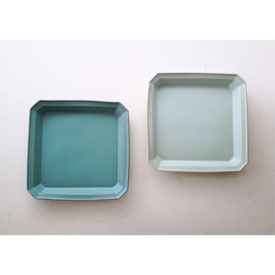 色釉リム角皿