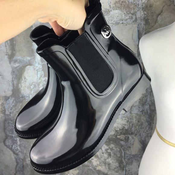 Michael Kors black rubber short ankle