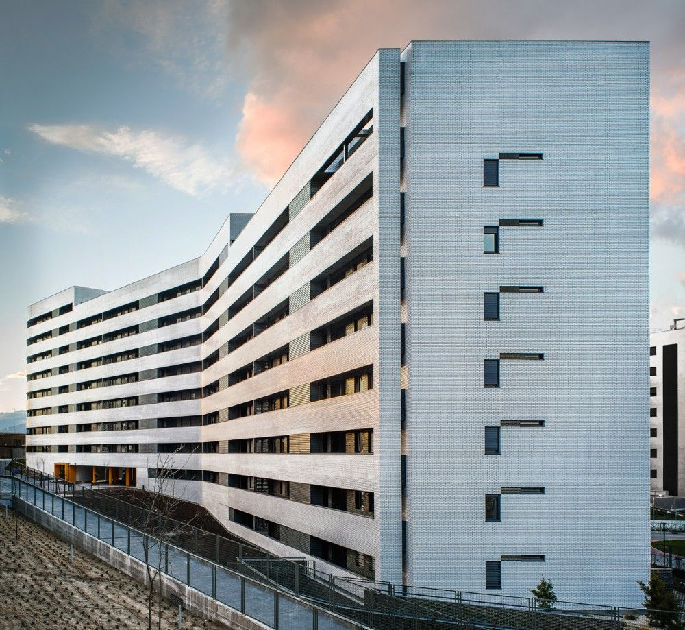 Gallery of Housing in Tres Cantos / R&AS - 18 | Architecture