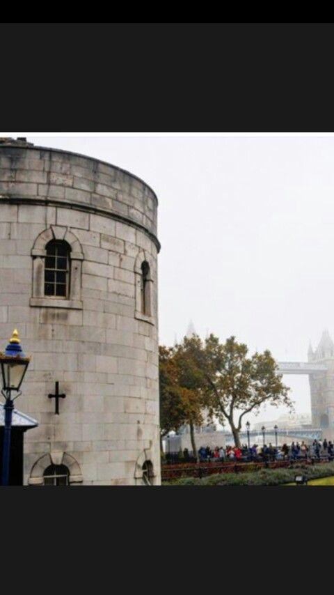 Torre de Londres, by Ale