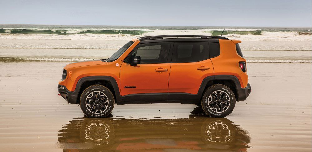 2017 Jeep Renegade Adventure Seeking Compact SUV (With
