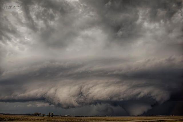 Large Tornado 2015 Just incredible