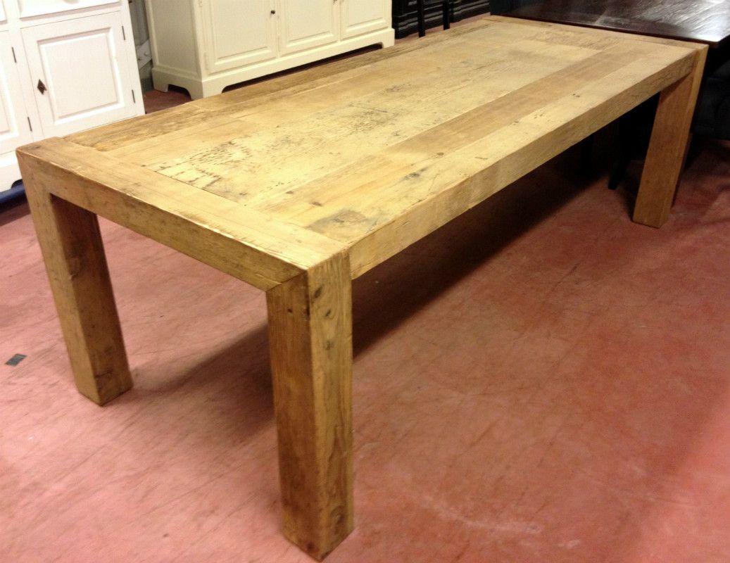 Zeer fraaie zware eiken houten tafel tafel gemaakt van eikenhout