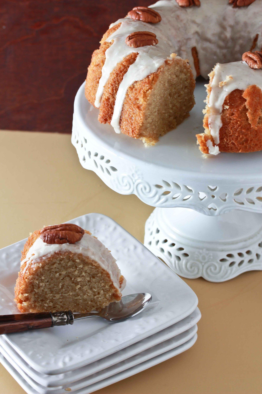 Maple Sour Cream Bundt Cake 3 Yummy Cakes Easy Bundt Cake Recipes Sour Cream Pound Cake