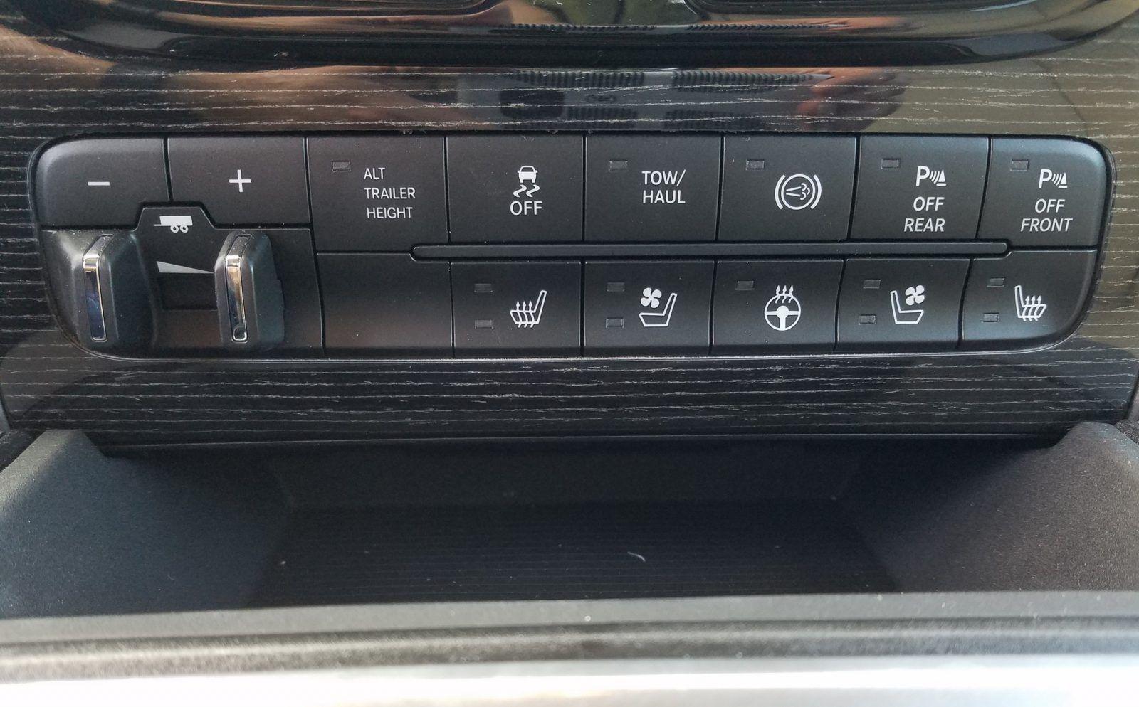 Pin on New TRUCKS on Car-Revs-Daily.com