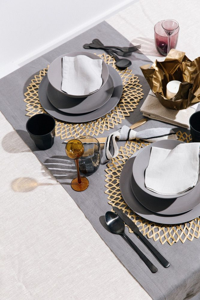 Black And Metallic Table Setting Ideas Domino In 2021 Dinner Table Setting Dining Room Table Decor Table Setting Decor