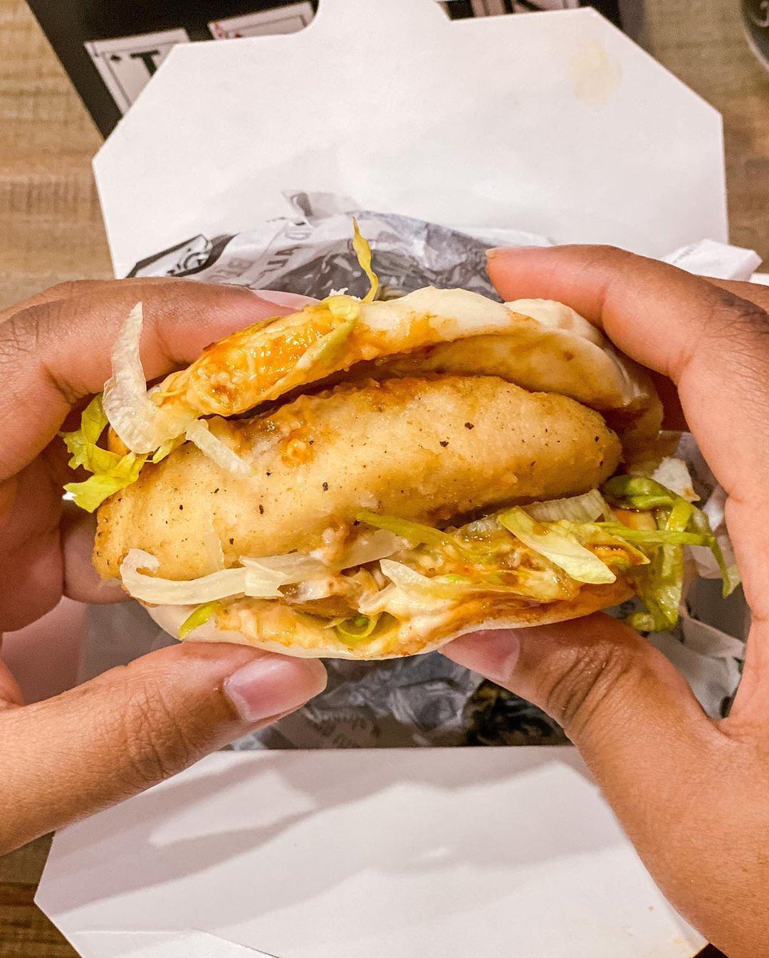Jaqks Chicken Chips Halal Wow Bao Original Jaqkschickenandchips Birmingham Bham Jaqks Takeaway Friedchi In 2020 Chicken And Chips Halal Recipes Foodie