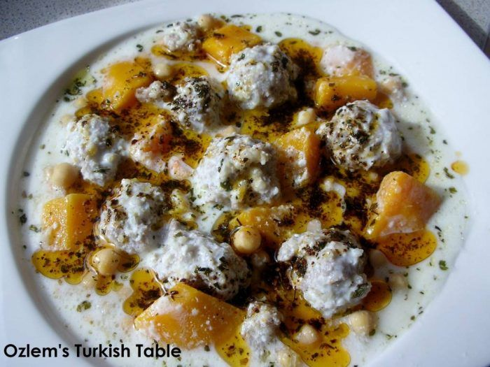 Fascinating istanbul ozlems turkish table cookery book regional fascinating istanbul ozlems turkish table cookery book regional signature dishes mains sides and desserts turkish food recipesturkish forumfinder
