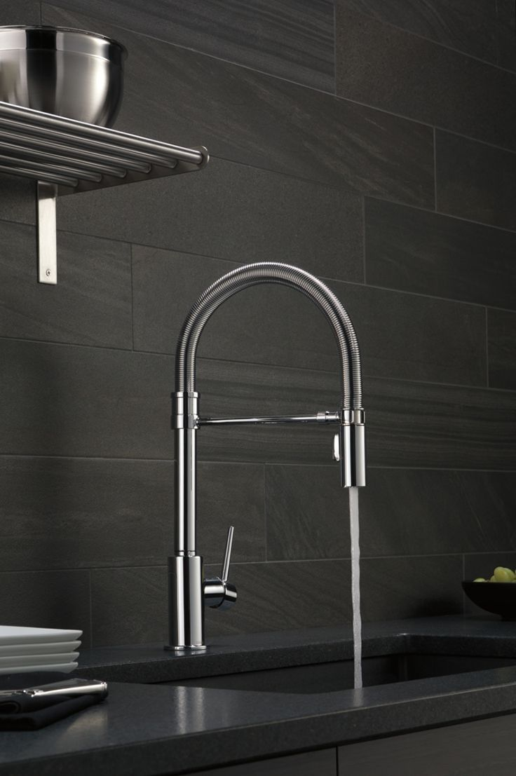 Wanting A Sophisticated Industrial Look For Your Kitchen Look No Further Than The Trinsic Pro Faucet Design Delta Kitchen Faucet Best Kitchen Faucets