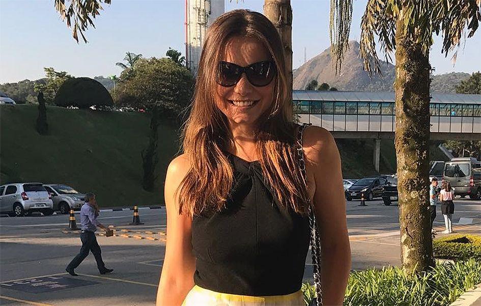Milena Toscano estreia no SBT e arrasa no look para workshop de  As ... 3e686c1af0