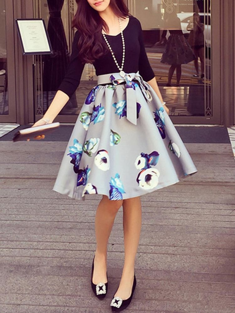 VNeck Bowknot Floral Printed Skater Dress - Fall fashion coats, Floral skater dress, Skater dress fall, Fashion, Fashion dresses, Skater dress -  Spring  Size ChartAll dimensions are measured manually with a deviation of 12 inch(2 to 4cm) MORE PICTURES
