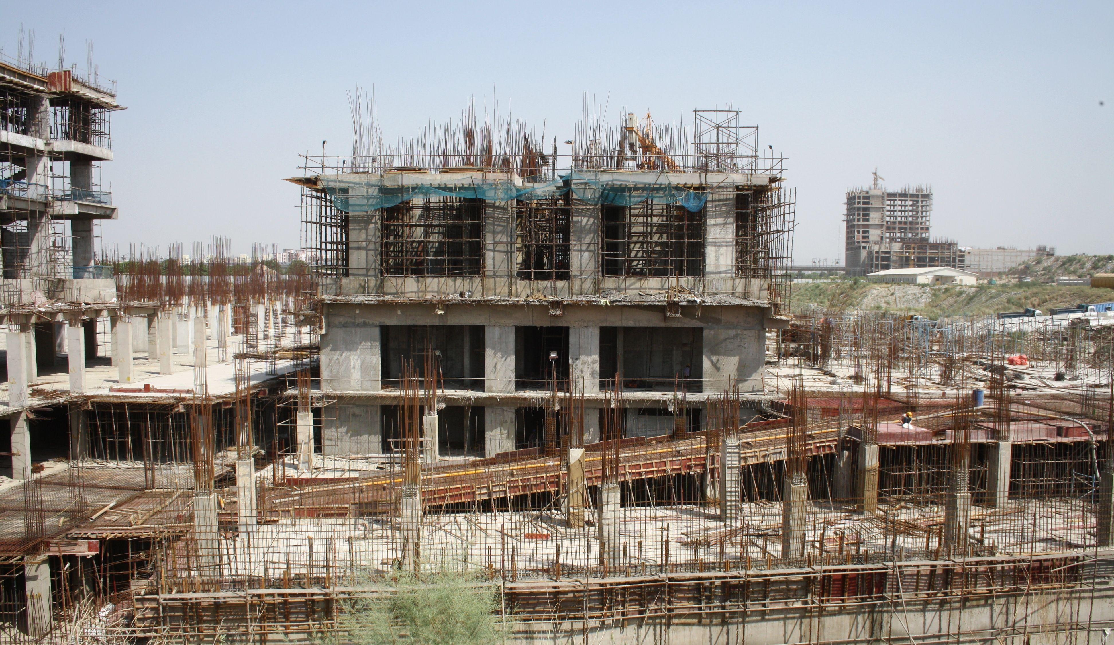 Block 3E – HSSC – Livork - First floor slab 50% casted
