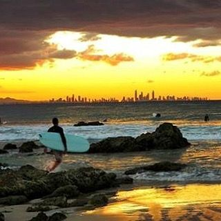 That sky really wanted to go red! #visitgoldcoast #thisisqueensland #seeaustralia #snapperrocks #surfing #surf #beachlife #thebest_sunset #wow_australia #australiagram #cool_capture_ #discoverqueensland #ig_discover_australia #ig_divineshots #ig_sunrisesunset #great_captures_australia #ig_australia_ #hello_bluey #nature_skyshotz #sky_sultans #sunsetsnipers #sunset_stream #tgif_sunset by tiffanywarnerphotography