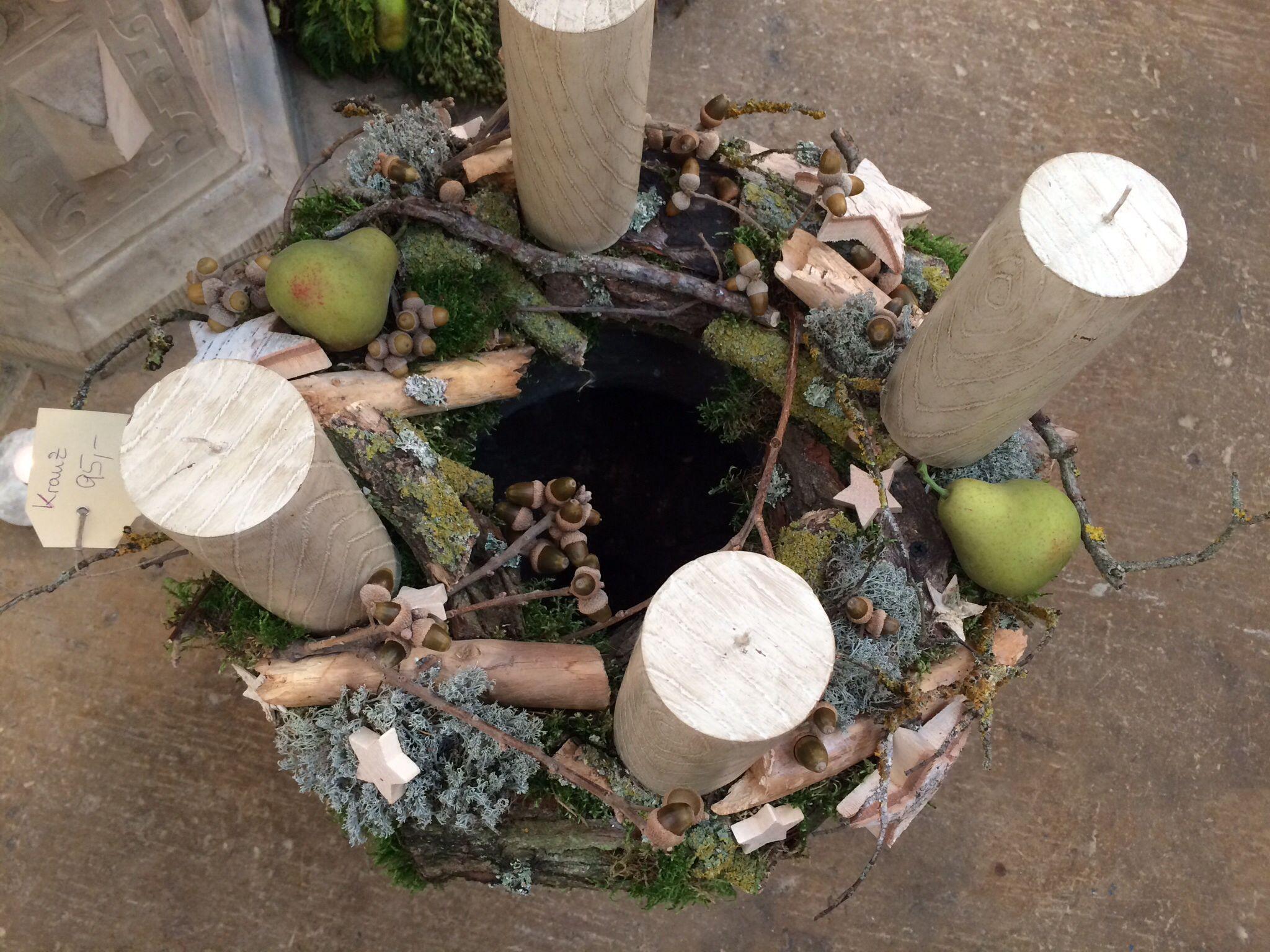 Adventskranz Mit Naturmaterialien Und Obst