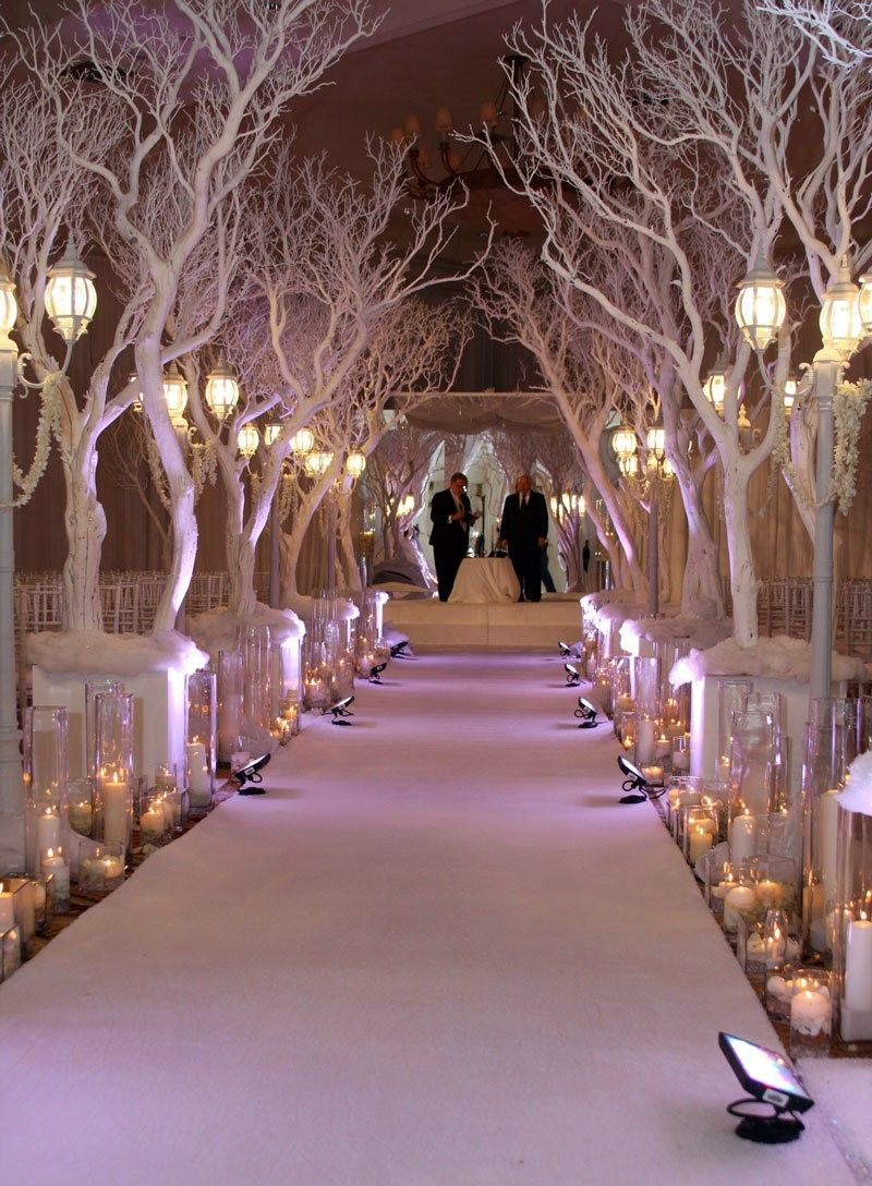 Breathtaking Christmas Themed Weddings Elegant Wedding Ideas And