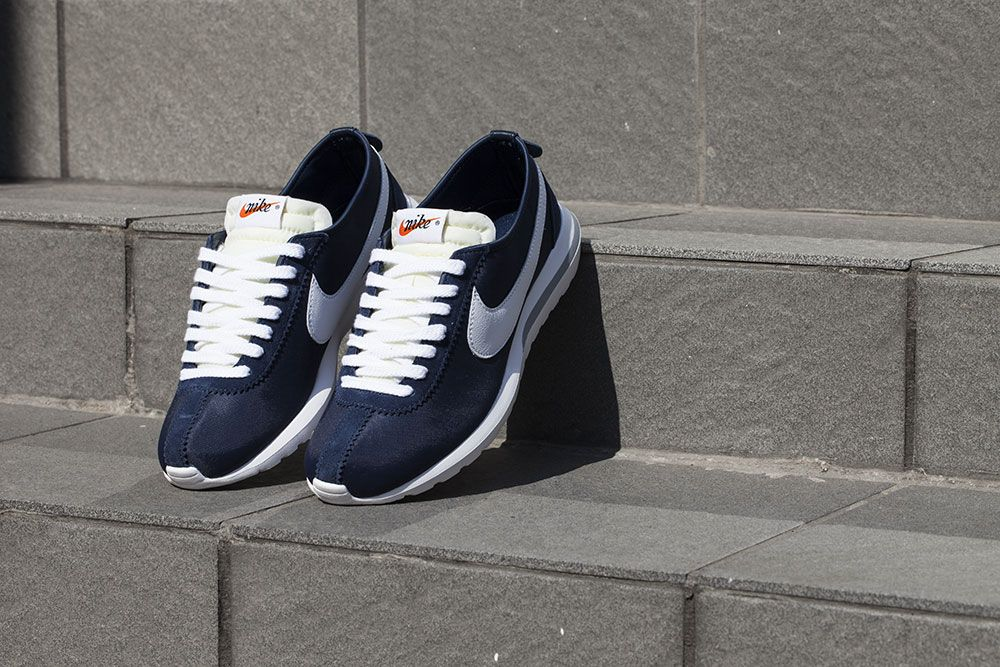 "low priced 6ec39 1fac2 fragment design x Nike Roshe Cortez SP ""Obsidian"""
