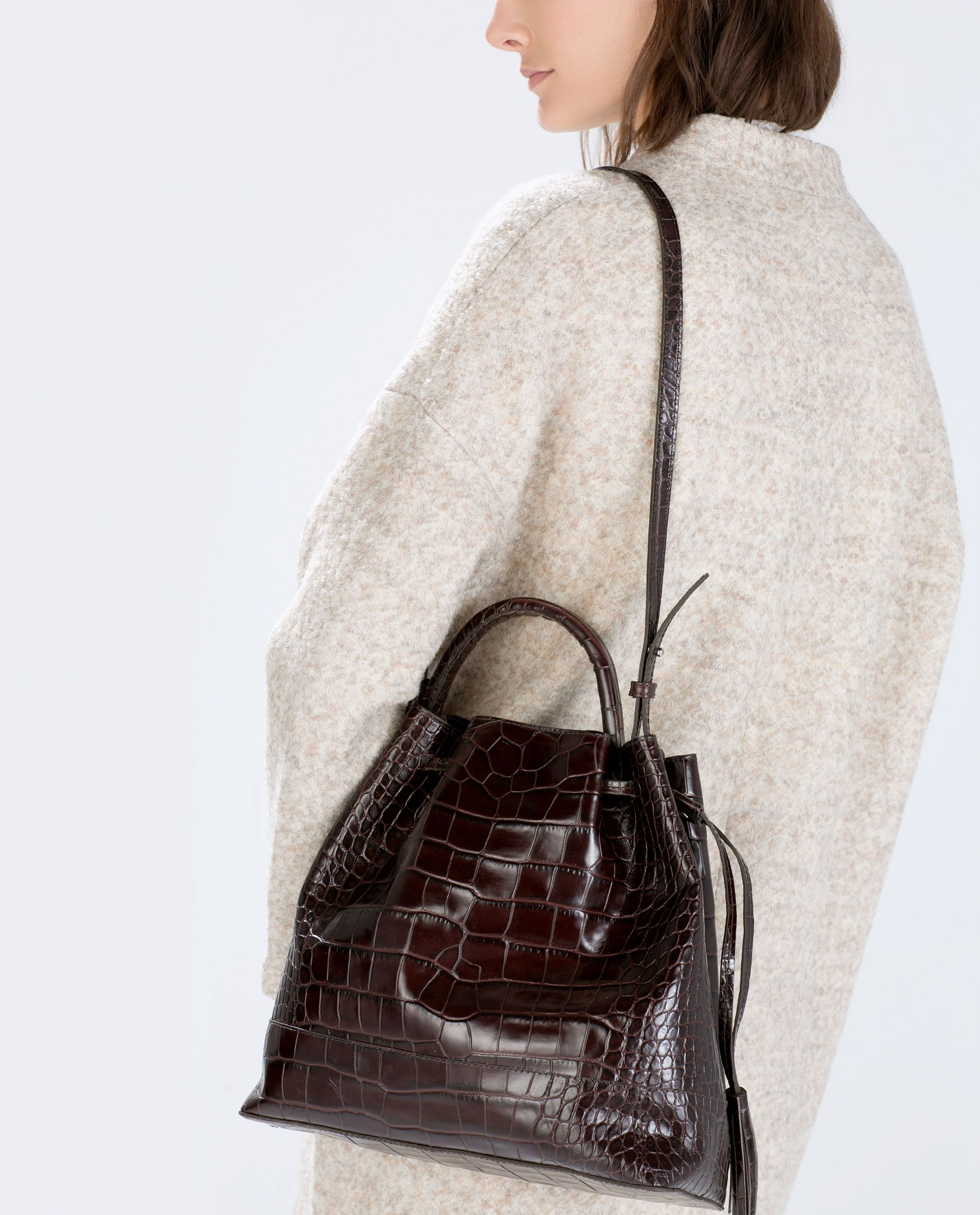 c9e76a72c2779b Image 2 of CROC LEATHER BUCKET BAG from Zara | Perdy purses | Zara ...
