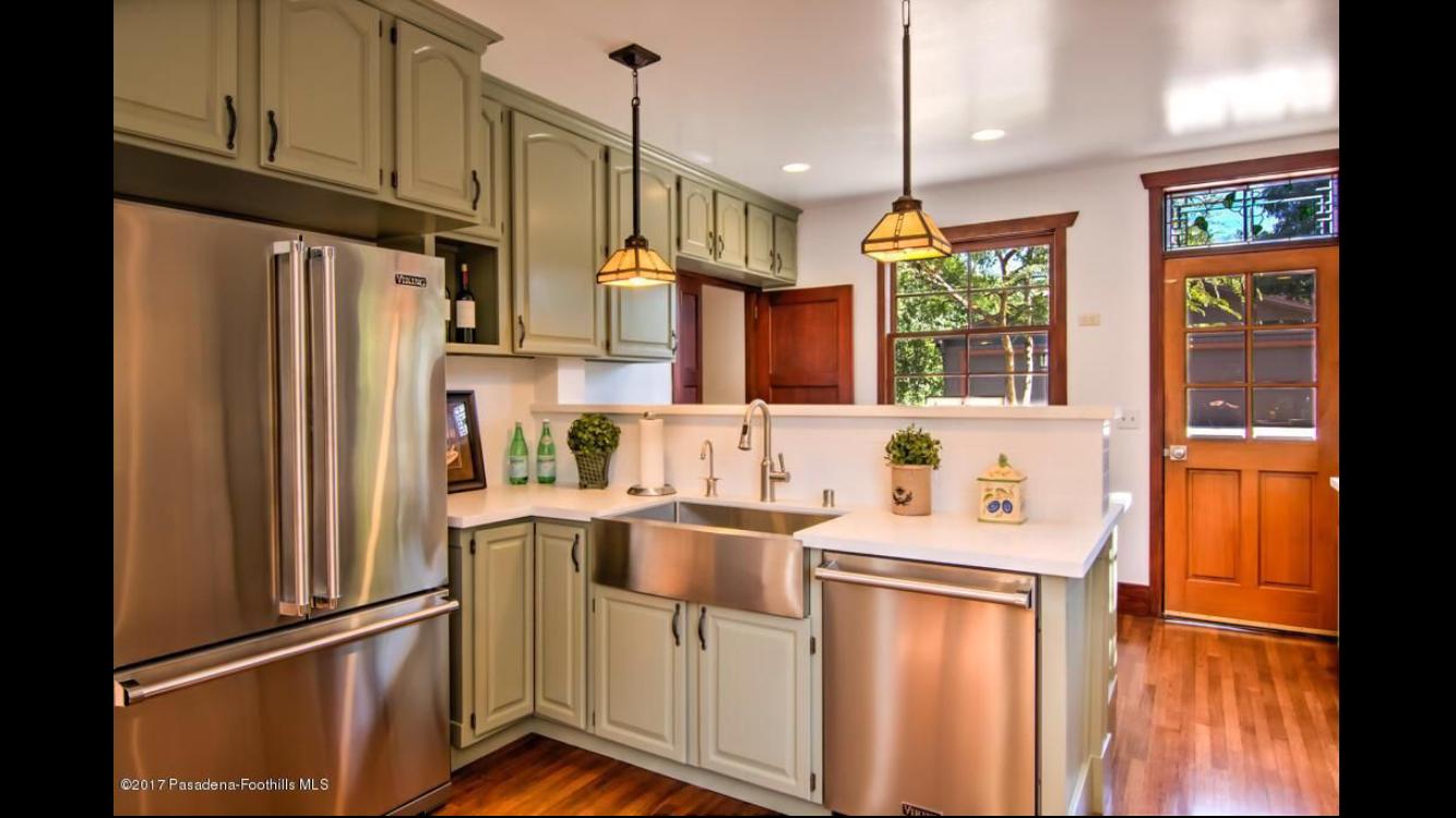 Pin By Brenda Escobar On 1457 Casa Grande St Pasadena Ca 91104 Kitchen Cabinets Home Decor Kitchen