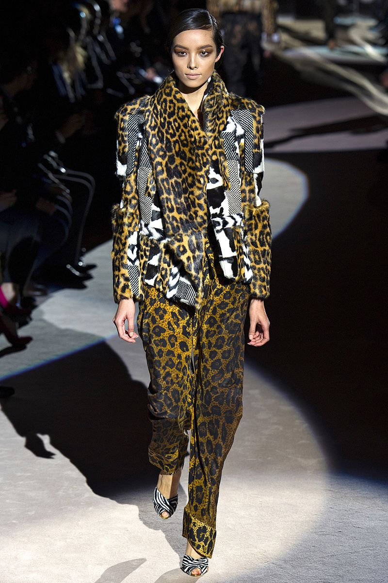 Tom Ford Fall 2013 RTW - Review - Fashion Week - Runway, Fashion Shows and Collections - Vogue