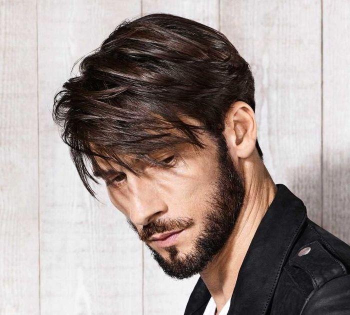 Mittellange Frisuren Haare Glatten Glatteisen Fur Manner Perfekter Stil Frisuren Mannerfrisuren Mittellang Herrenfrisuren