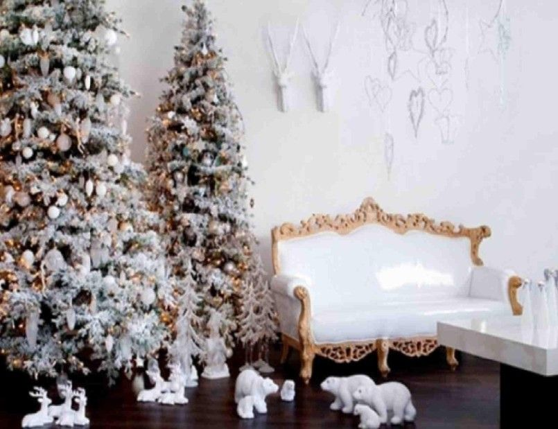 Decorating Interior Of Homes Small Christmas Trees Decorated Snoopy