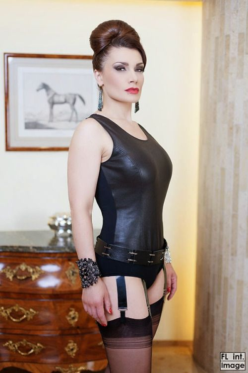 349 mature mistress - 3 2