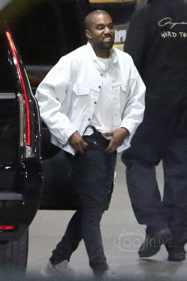 Looklive Discover Buy Latest Fashion Kanye West Kanye West Songs Kanye West Outfits