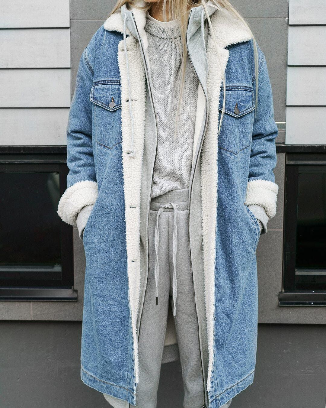 9 766 Kedveles 100 Hozzaszolas Oak Fort Oakandfort Instagram Hozzaszolasa Everyday Look Beoakandfort Sherp Denim Outerwear Fashion Long Denim Jacket [ 1350 x 1080 Pixel ]