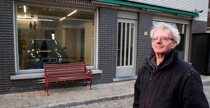 El Ayuntamiento Le Impide De Poner La Puerta Del Garage, Pero él Encuentra Una Solucion Genial