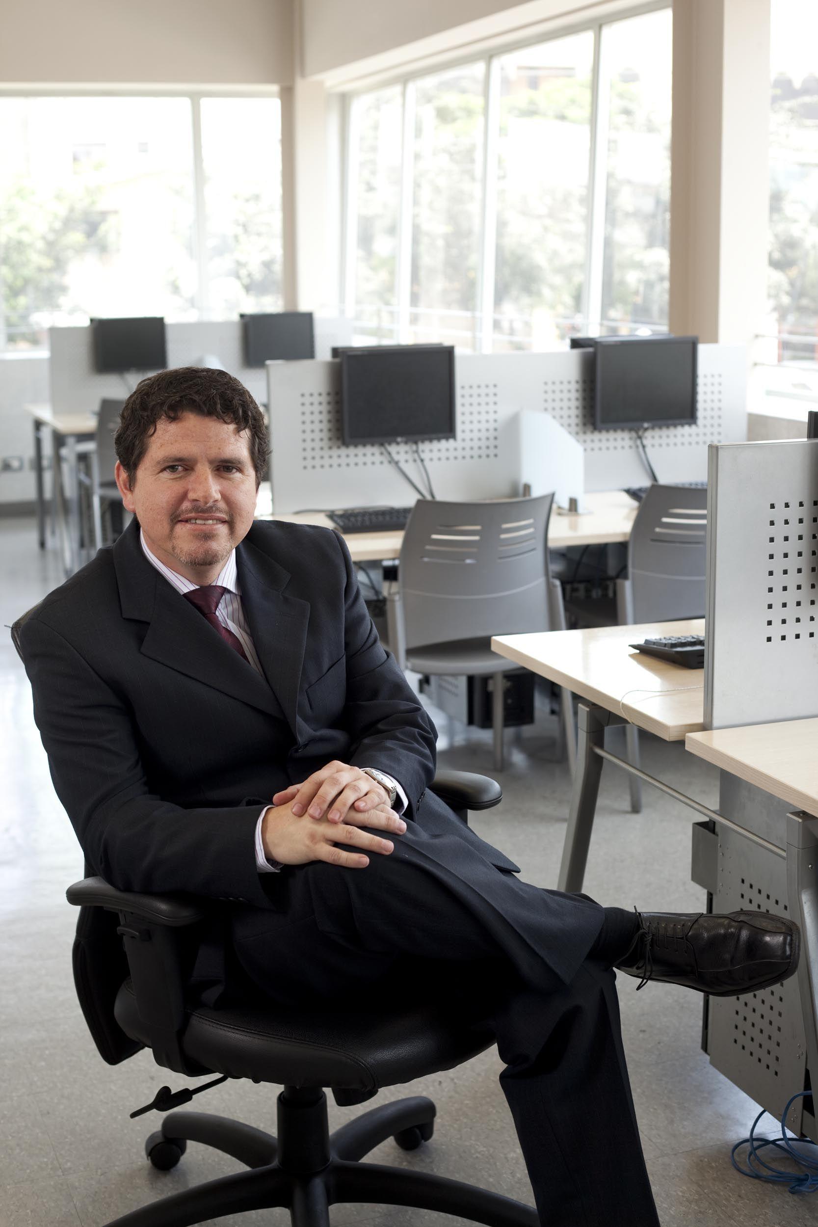 Francisco Tafur, Decano de la Facultad de Tecnología de ISIL