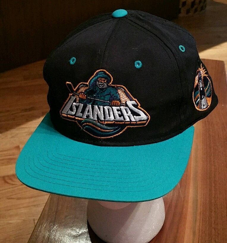 on sale ce517 61dc2 New York Islanders Starter Snapback Hockey Cap Hat Lighthouse Fisherman  vintage  Starter  NewYorkIslanders