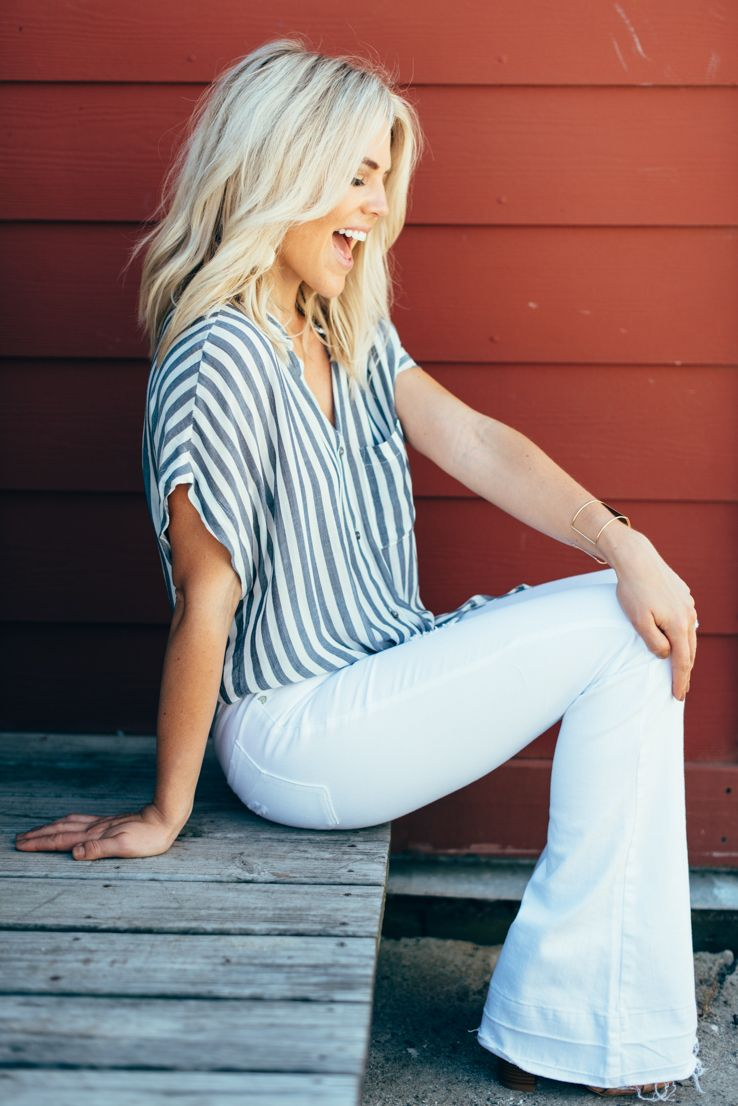 Not A Huge Fan Of Flare Jeans But Would Try A Pair I Also Don T Like White Pants In General But I Love The Striped Pattern On The Fashion Style Summer