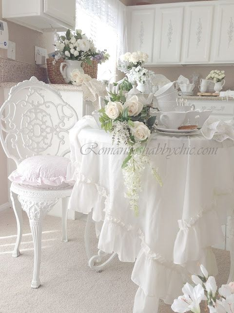 shabby chic table et nappe shabby romantique pinterest. Black Bedroom Furniture Sets. Home Design Ideas