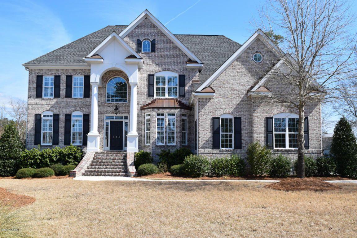 Marsh Oaks Drive Wilmington NC has bedrooms
