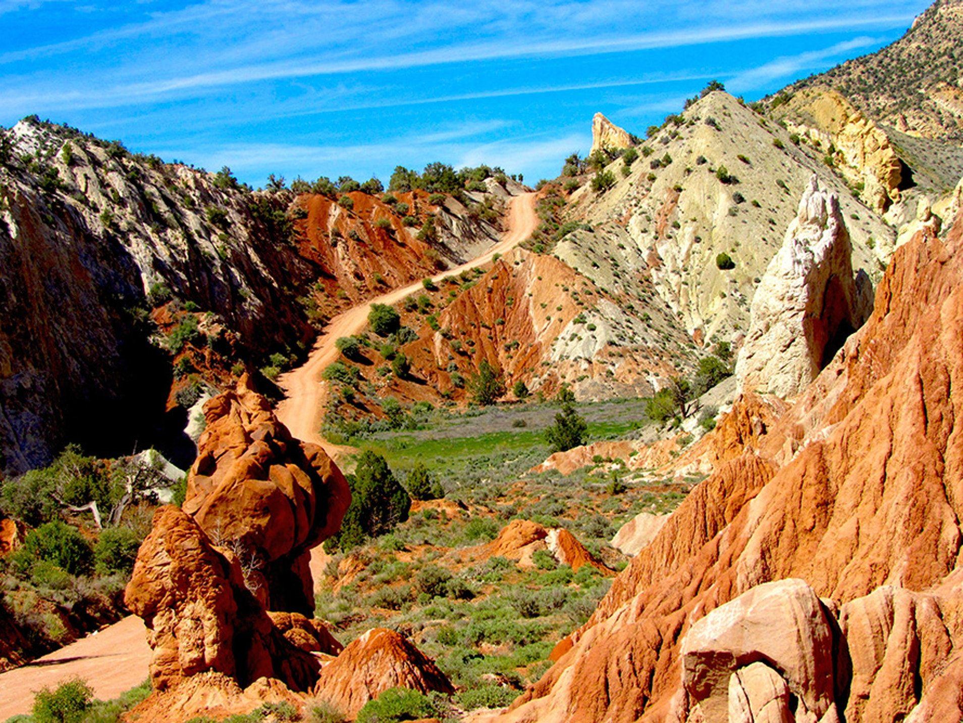 6. cottonwood canyon road and skutumpah road | travel north america