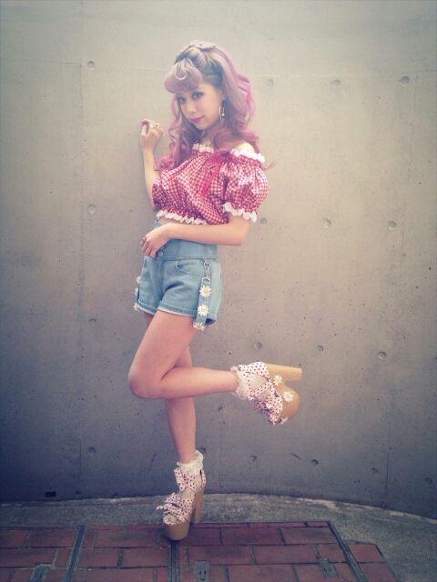 fashion ✧ The shoes \(^^)/ so pretty