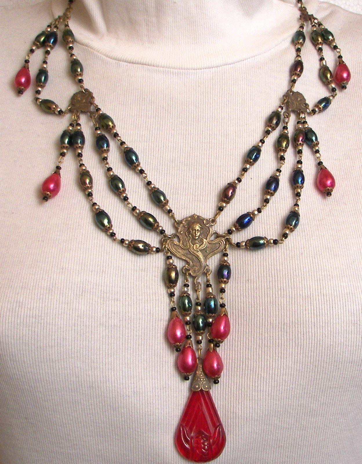 CZECH CARNIVAL BLACK glass beads NECKLACE
