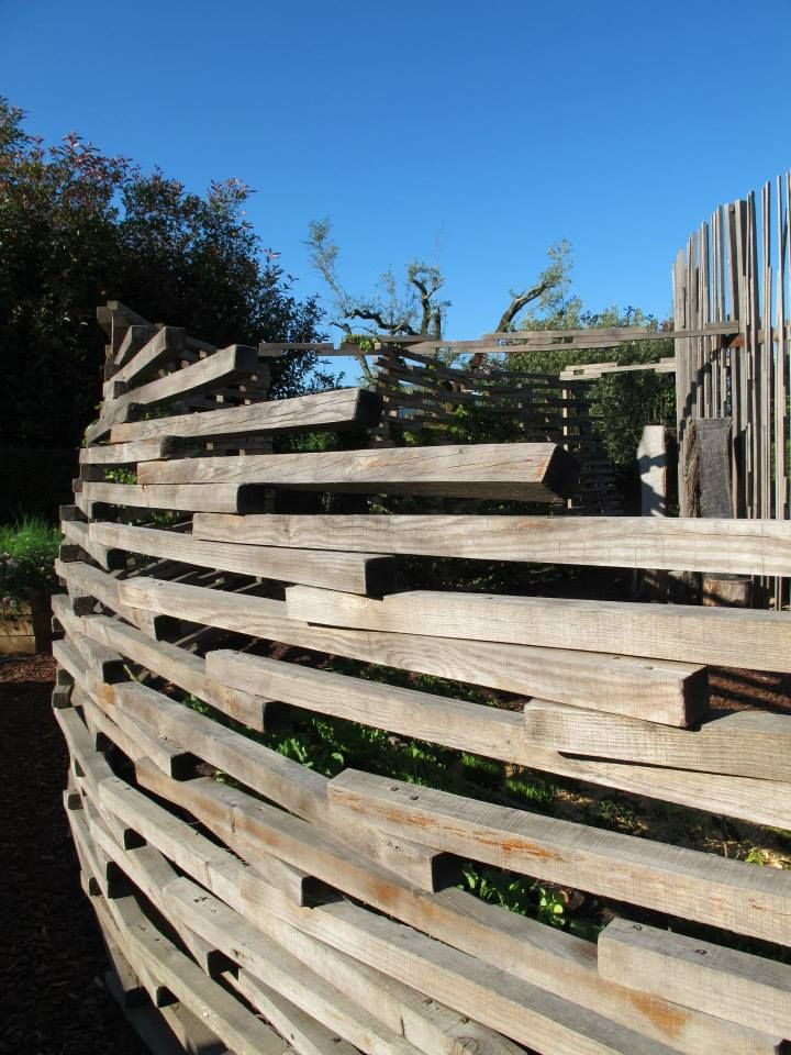 A fresh take on the splitrail fence not properly sourced