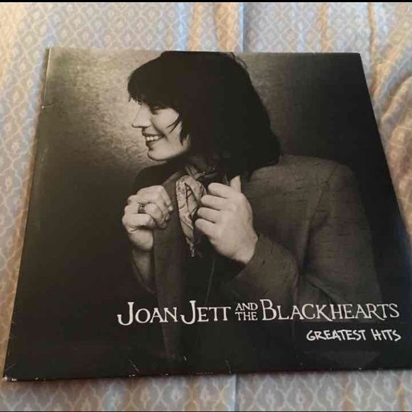 Joan Jett vinyl Great condition ! Accessories