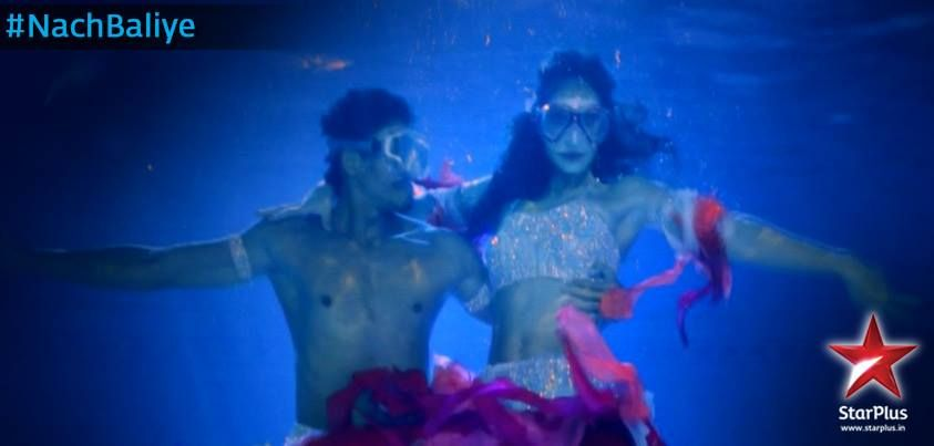 Hit <3 if you liked Bruna and Omar in an iconic underwater act!