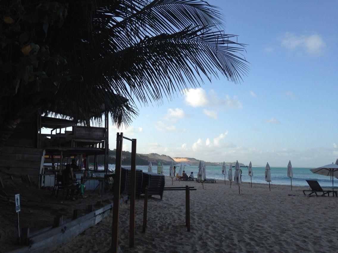 Fim de tarde na praia do madeiro -pipa -RN