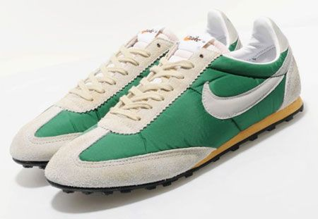 sports shoes efe3c 8a20b 1970s Nike Vintage Oregon Waffle trainers reissued