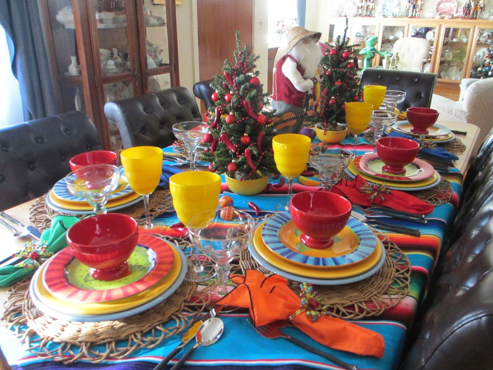Awesome Mexican Christmas Party Ideas Part - 11: The Welcomed Guest: Mexican Christmas Tablescape