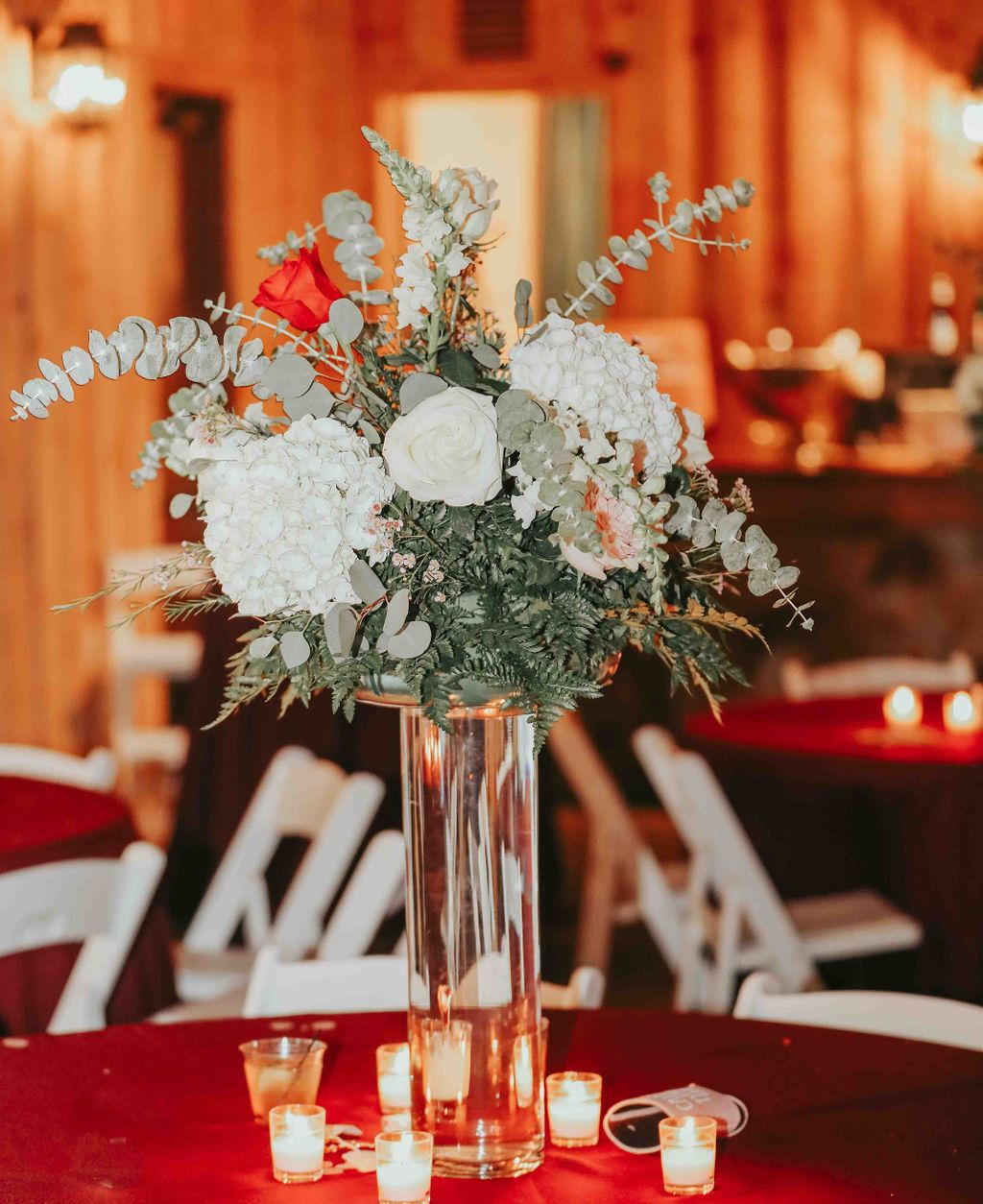Weatherford Wedding Venue In 2020 Christmas Wedding Centerpieces