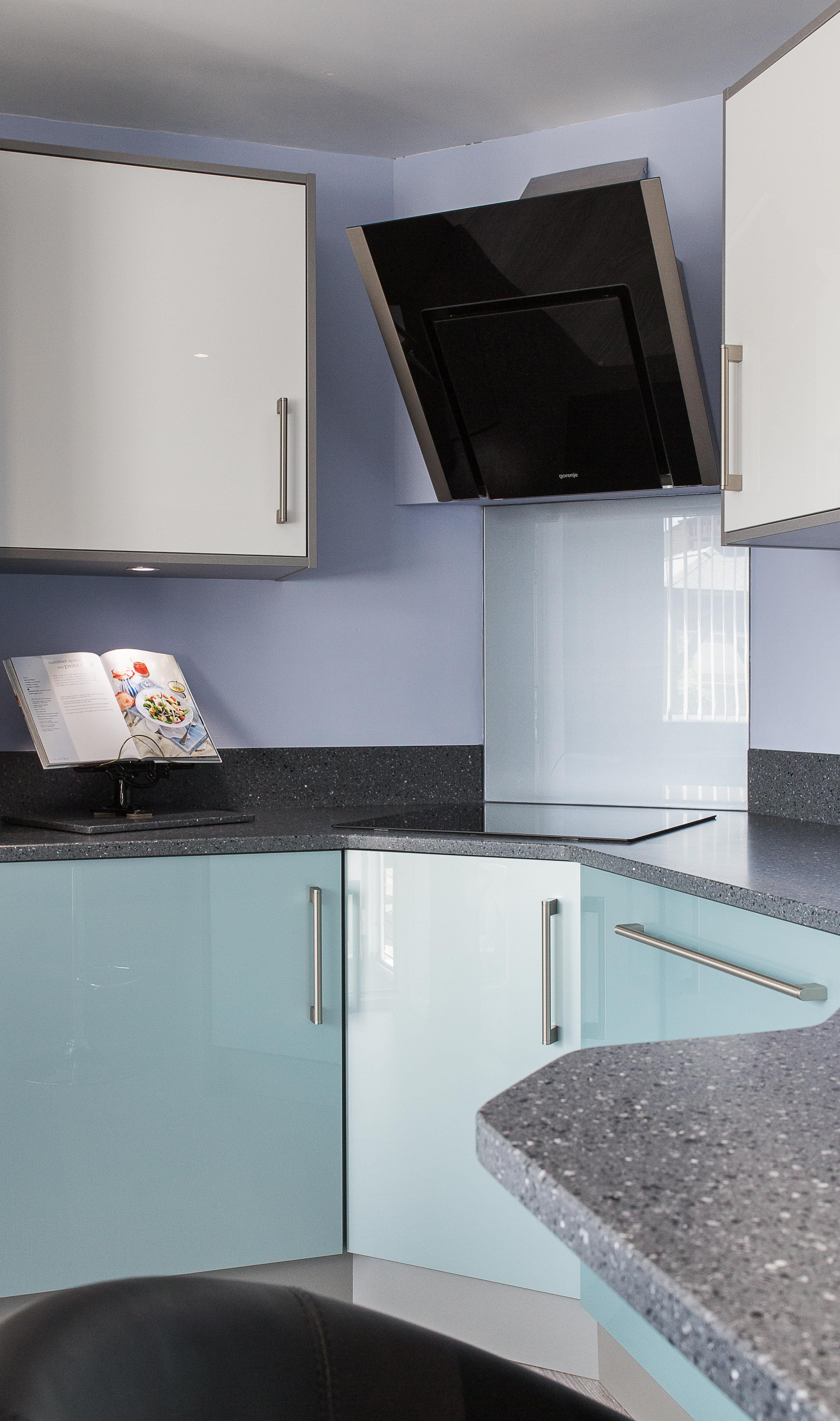 Superb metallic blue and white gloss doors combined with contrasting ...
