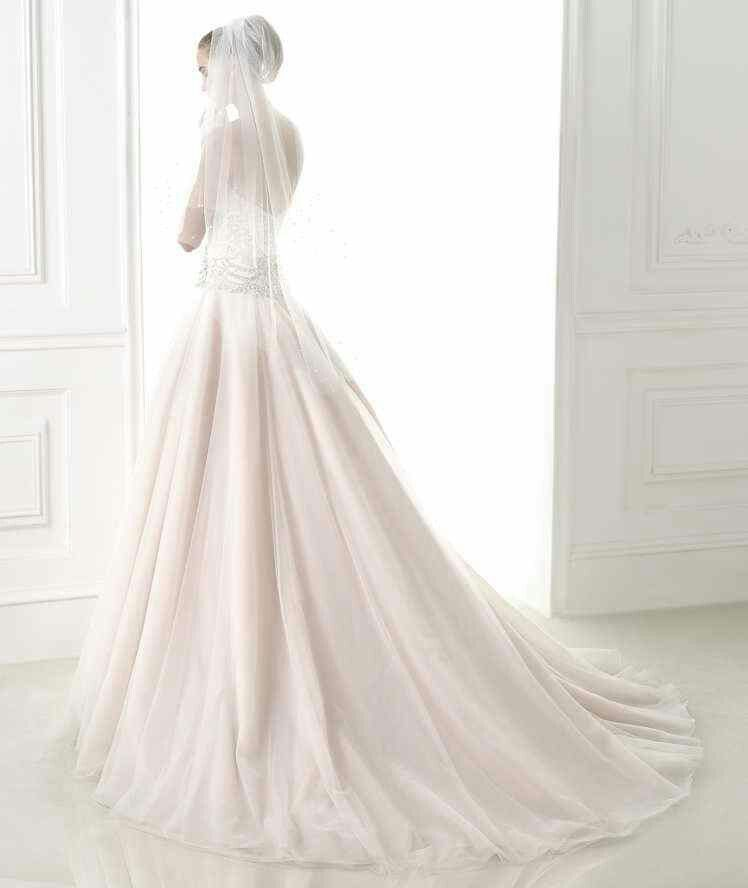 Pink back | wedding stunners | Pinterest | Weddings